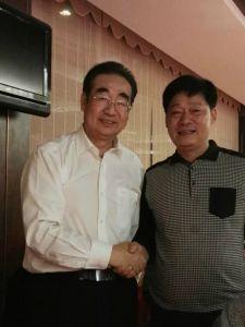 张飞曾先生与瑞典驻外大使李鹏办公室主任贺毅行先生